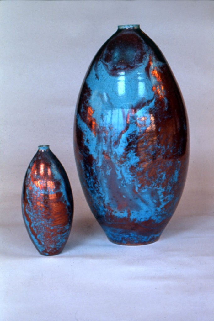 Photo of eggs shaped raku pots by Deborah Watkins
